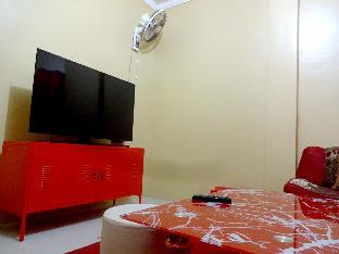 picture 3 of Backpackers Room at The Yellow House