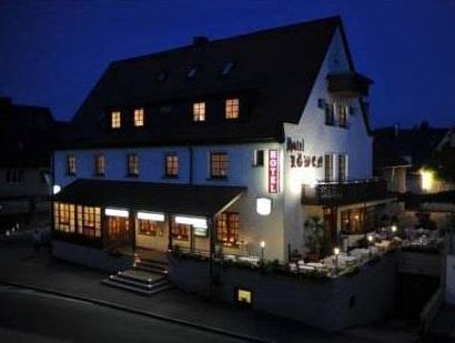 Lowen Hotel And Restaurant