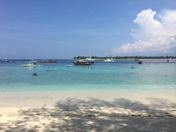 Gili Turtle Beach Resort Lombok