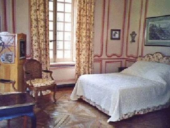 Chateau De Pont Rilly