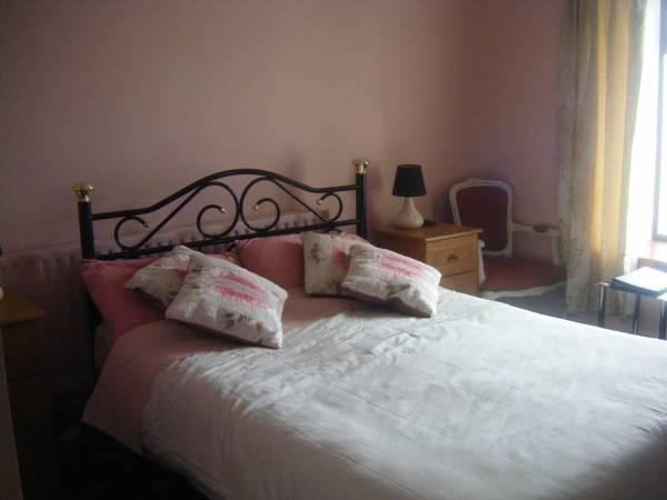 Castle Farm Bed & Breakfast