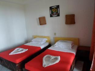 picture 2 of Estaca Bay Resort
