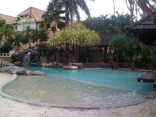 Rhythm of the Waterfalls - Resort Apartments