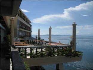 Vistamar Beach Resort and Hotel