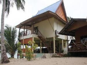โรงแรมฟิลด์ พาราไดซ์ 1 (Field Paradise 1 Hotel)