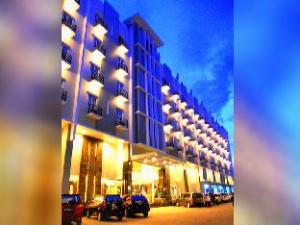 Orchardz Hotel Ayani