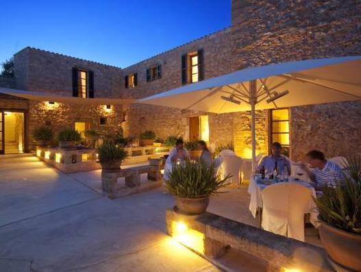 Cases de Son Barbassa Hotel & Restaurant
