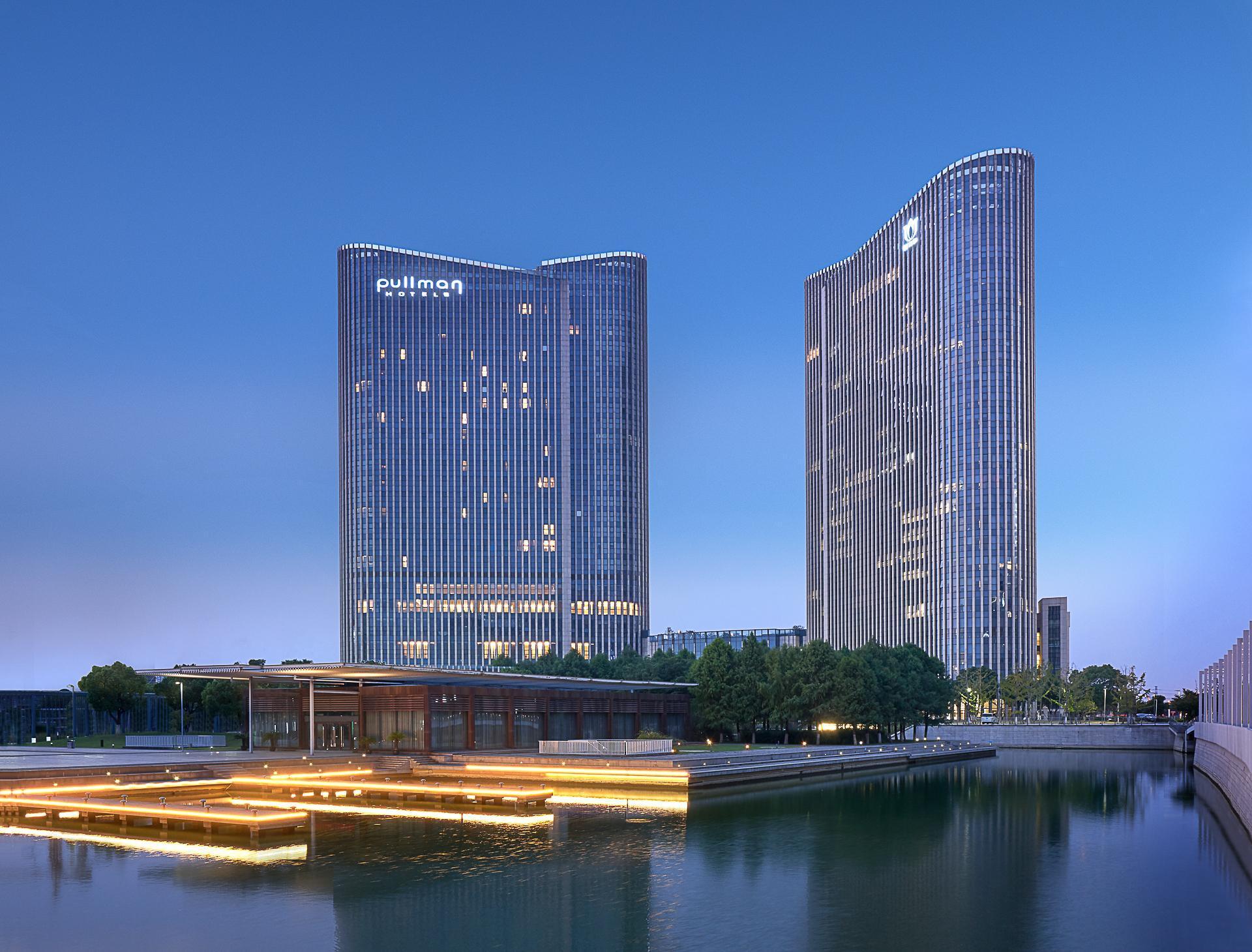 Pullman Wuxi New Lake Hotel