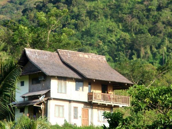 Dalara Mountain and Sea View Inn