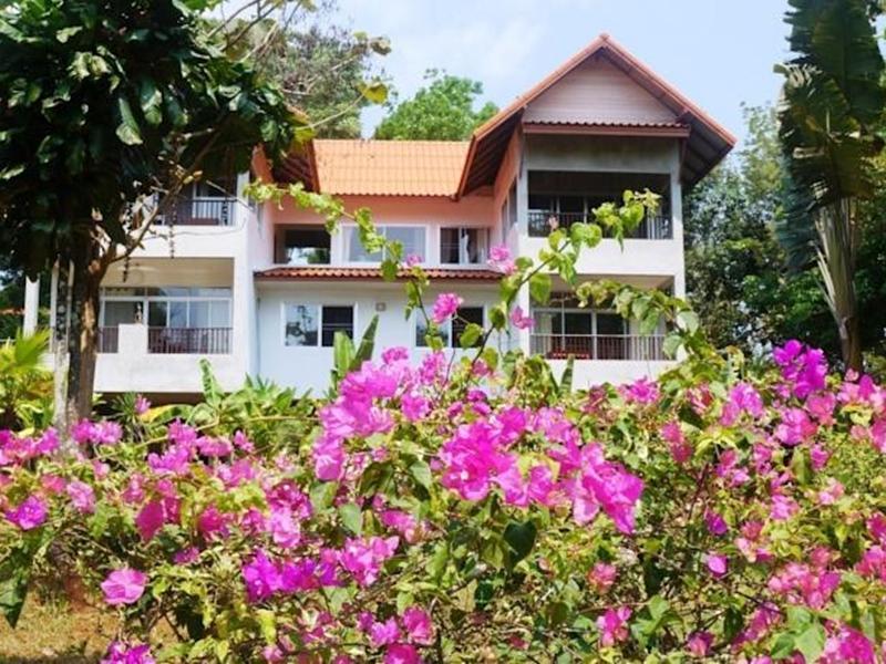 Baan Thai Island Koh Mak บ้านไทย ไอส์แลนด์ เกาะหมาก