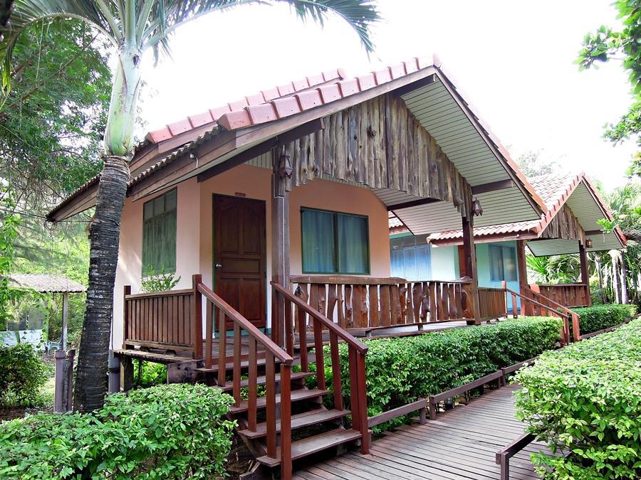 Duangtawan Beach Resort