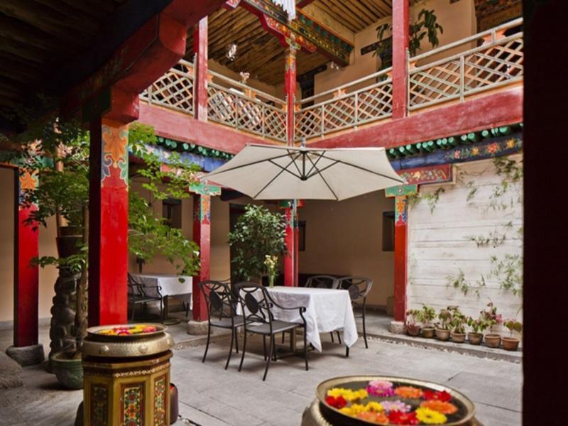 Yabshi Phunkhang Heritage Hotel