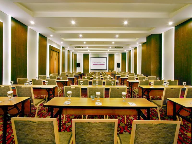 Favehotel Braga Bandung Indonesia Overview
