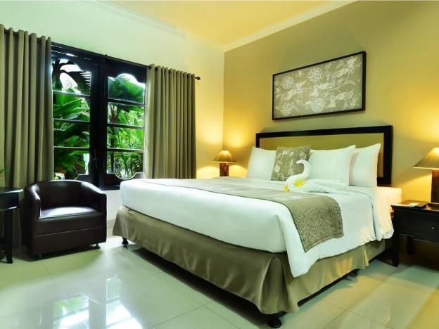 Sarinande Hotel