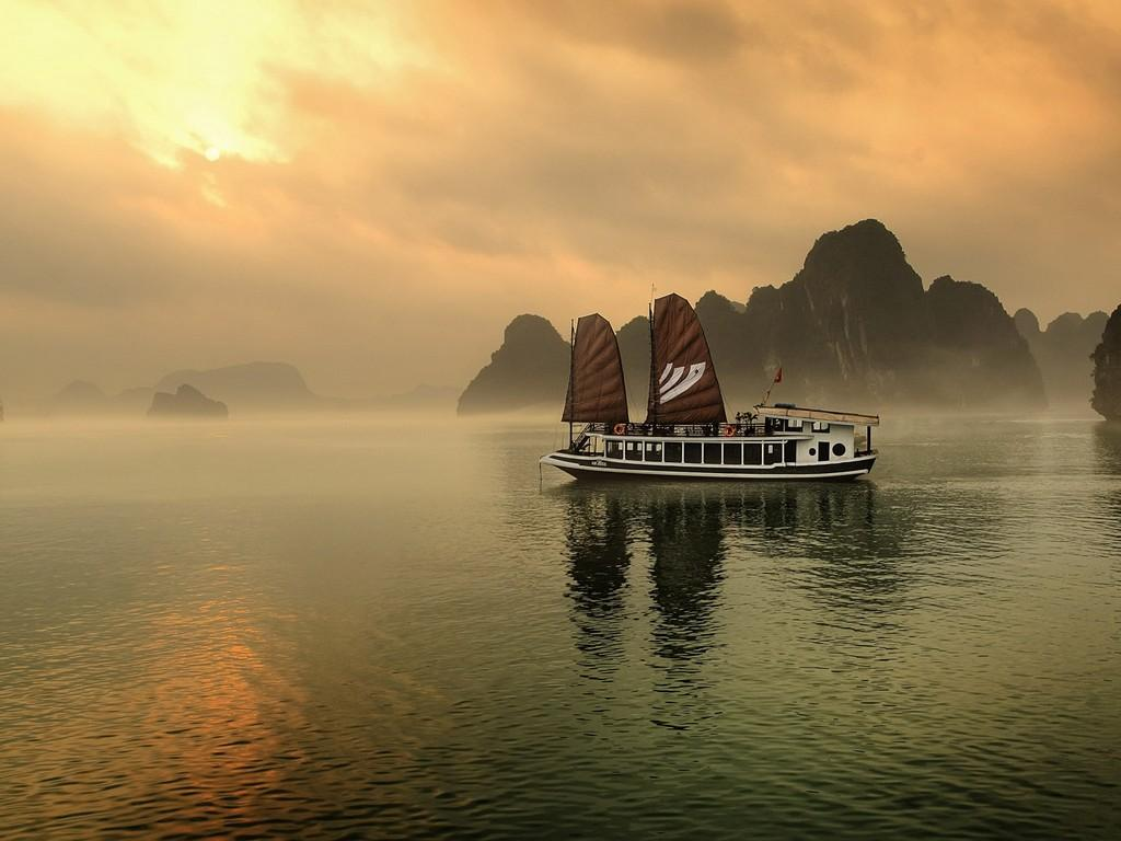 Legend Halong Private Cruise   Managed By Bhaya Cruise