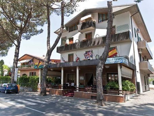 Hotel La Riviera
