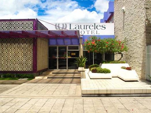 Laureles Hotel