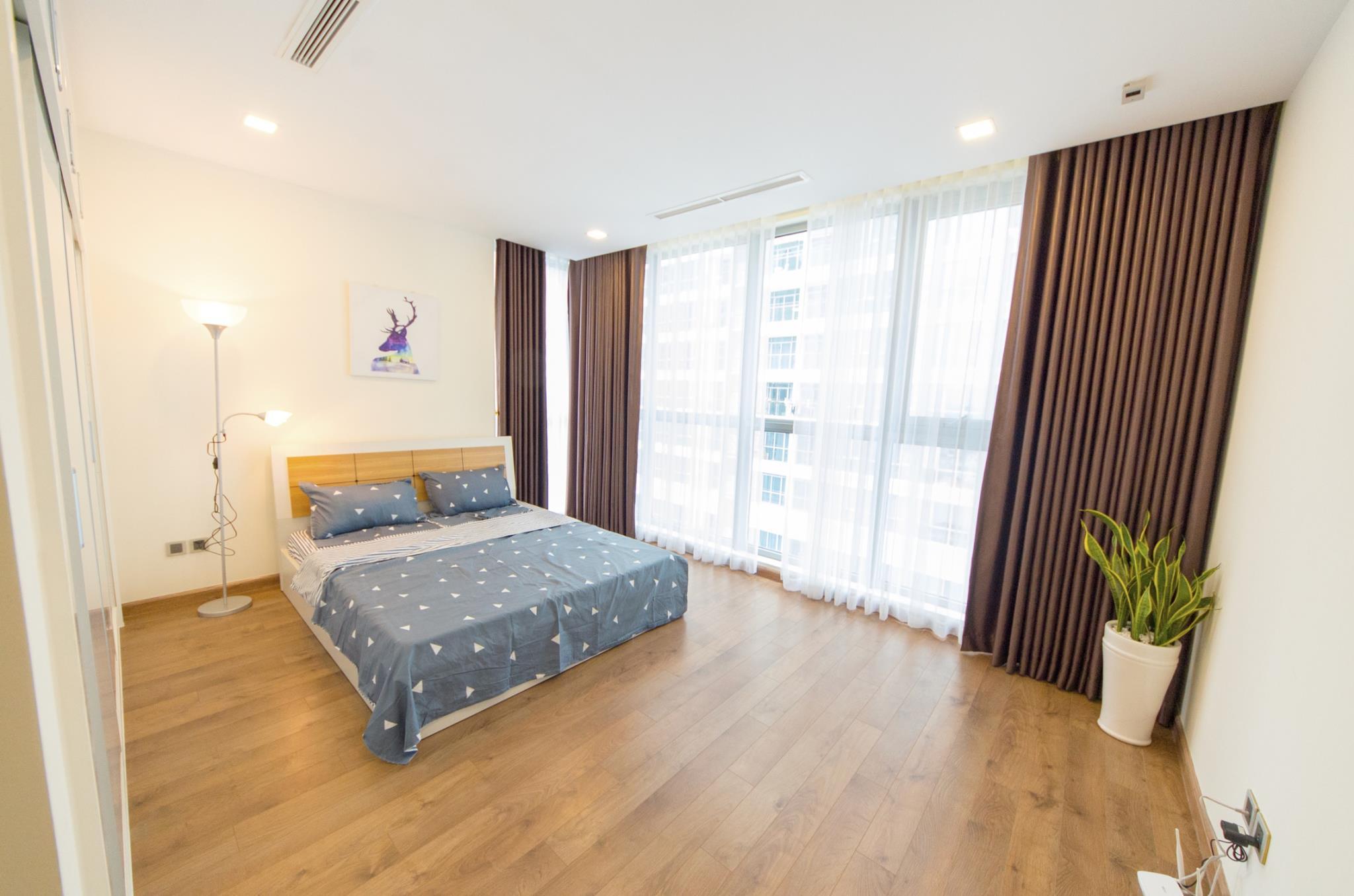 3 Bedroom Spacious And Elegant Apartment