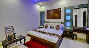 Hotel Sai Dham International