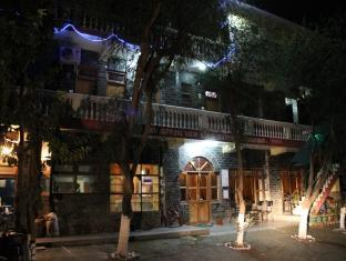 Hotel New Spring View Tatapani  50 Km From Shimla