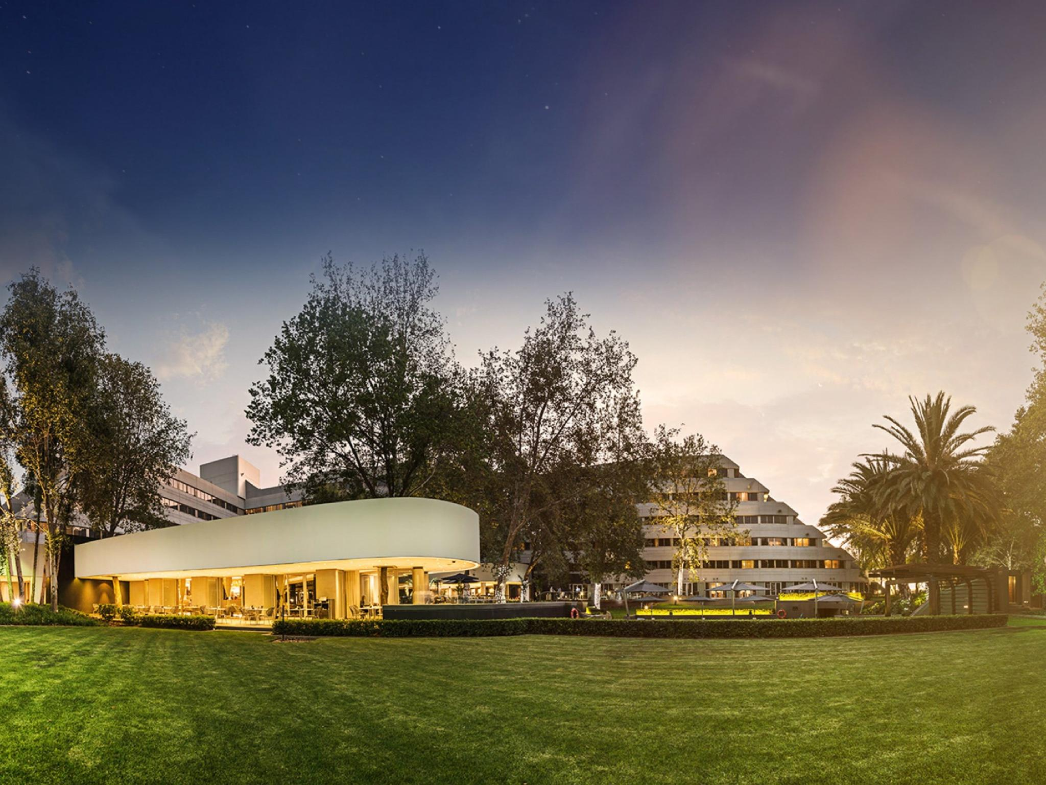 The Maslow Hotel Sandton