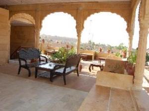 Desert Anna Safari Hotel & Camp