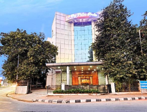 Hotel Raj Palace Sundar Chennai