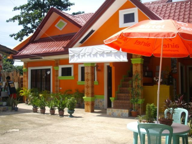 Alcarlo's Pension House