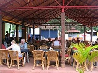 Village Royale Resort