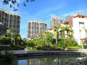 Weike Resort of Phoenix Waterside Town Sanya