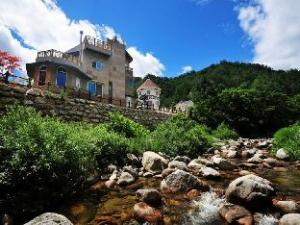 Hills 5 Resort