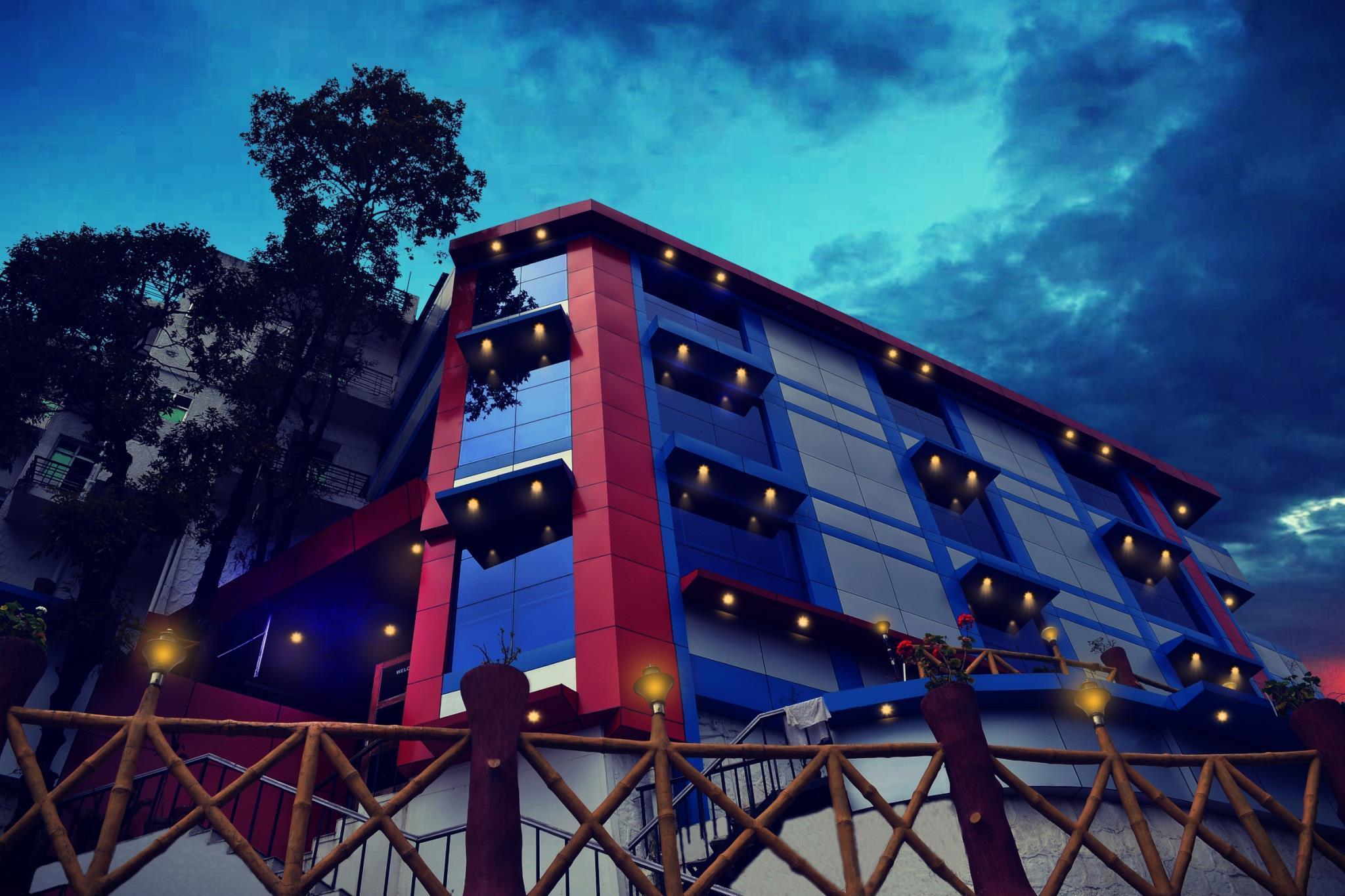 Hotel Crystal Palace By SEA HAWK