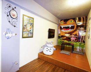 TOTORO room-Fengjia night market