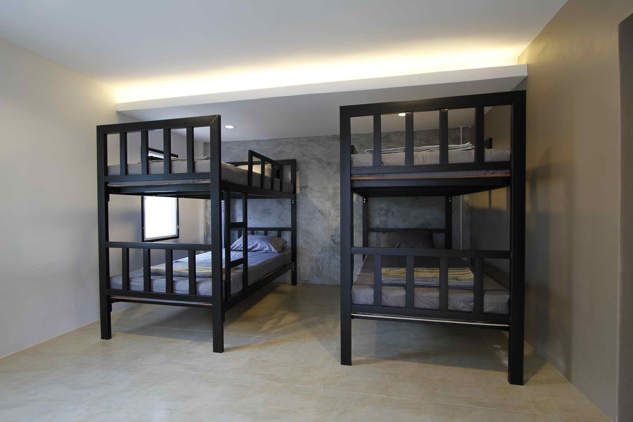 Sleep Four Bunk Beds Guesthouse05 At Tantai Farm