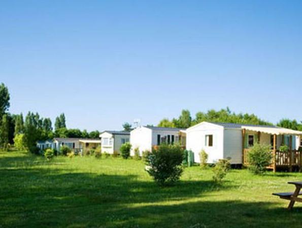 Camping Domaine De Dugny