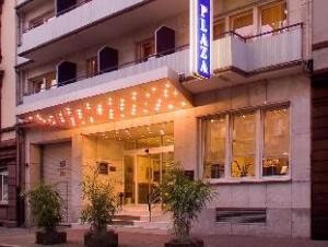 Par Favored Hotel Plaza (Best Western Hotel Plaza)