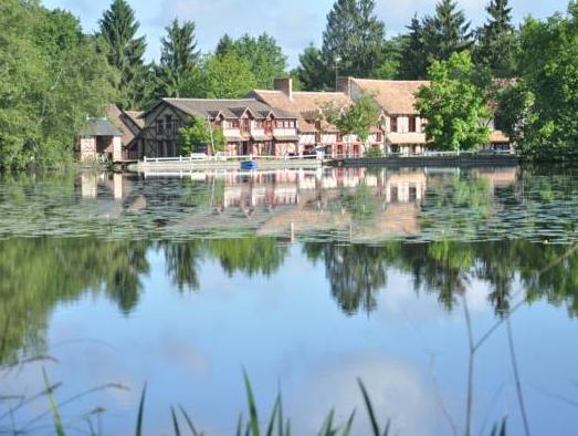 Hotel   Restaurant Le Moulin De Villiers