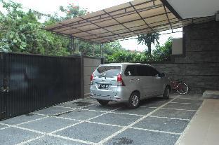 Happy House 24 Bandung Kota