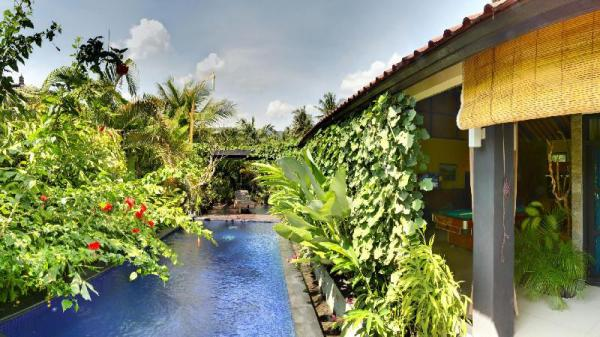 2 Bedroom Villa with private pool and kitchen Bali