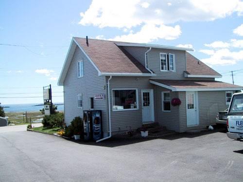 Island View Motel