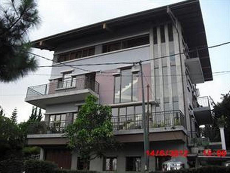 Fortuno Bed And Breakfast Lembang