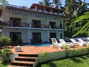โรงแรม วอเตอร์ไซด์ เบนโทตา (Waterside Bentota Hotel)