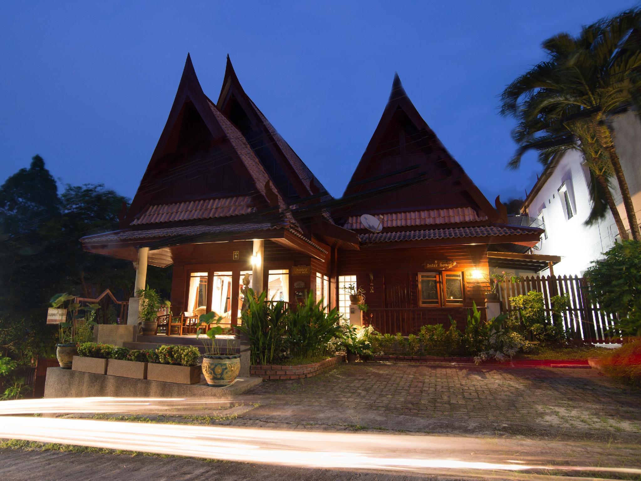 Kata Interhouse Resort 4
