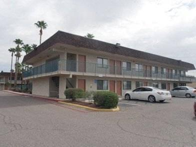 Super Inn Motel