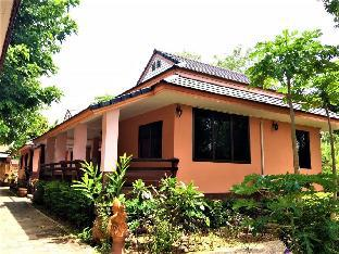 Phalaburi Resort (Pet-friendly) Phalaburi Resort (Pet-friendly)