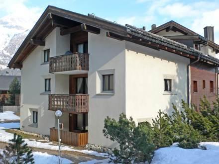 Apartment Chesa Zupeda C2