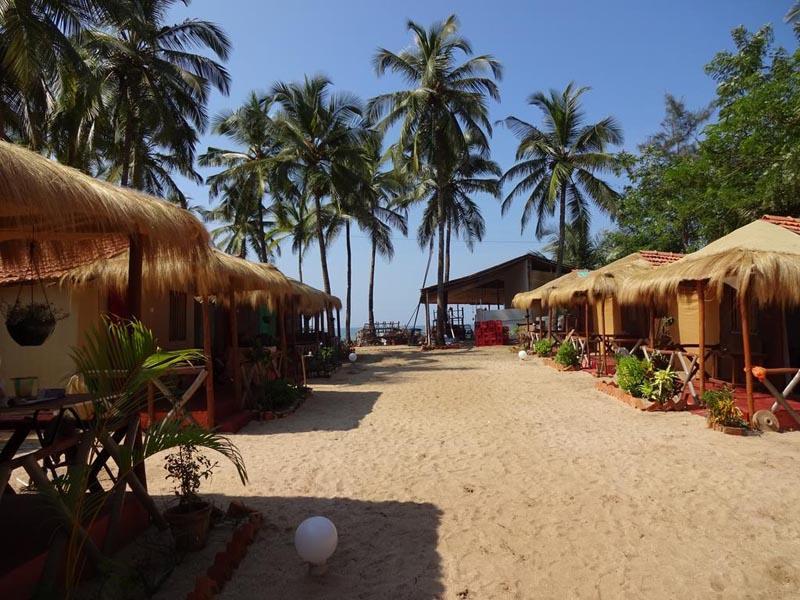 Rico's Beach Huts