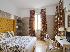 Room Mate Luca Hotel