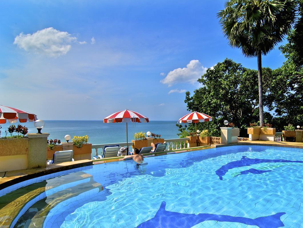 Baan Karon Hill Phuket Resort บ้านกะรน ฮิลล์ ภูเก็ต รีสอร์ท