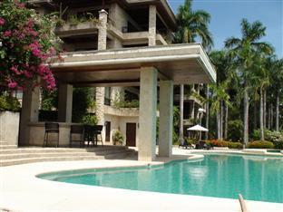 Dolphin House Mactan Apartments